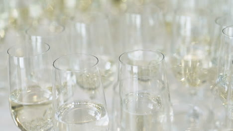 New-Year-Champagne-Flutes-1