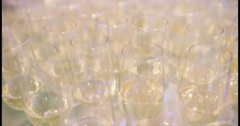 New-Year-Champagne-Flutes-3