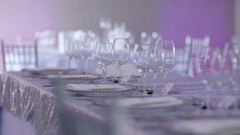 Luxury-Decorated-Table-For-Wedding-Dinner-2