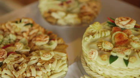 Decorative-Traditional-Cakes-2