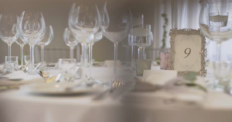 Decorated-Table-For-Wedding-Dinner-3