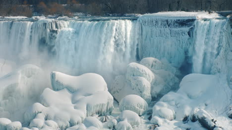 Winter-At-Niagara-Falls-4K-Video-10