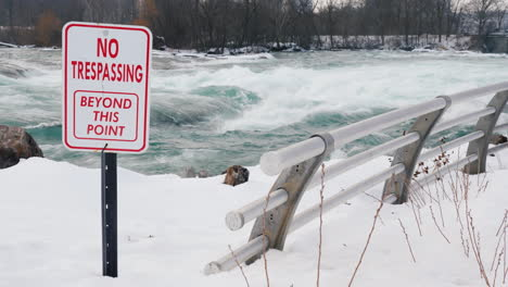 Sign-Warning-Of-Danger-On-Niagara-River-In-Winter-02