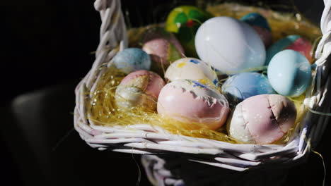 Basket-With-Decorative-Easter-Eggs-10