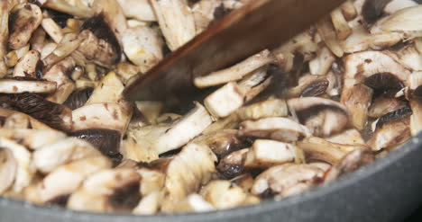 Mushrooms-Being-Cooked-In-Pan-S