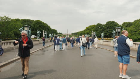 Sculpture-Park-Gustav-Vigeland-Walk-Along-A-Wide-Avenue-Along-A-Series-Of-Sculptures-In-The-Directio
