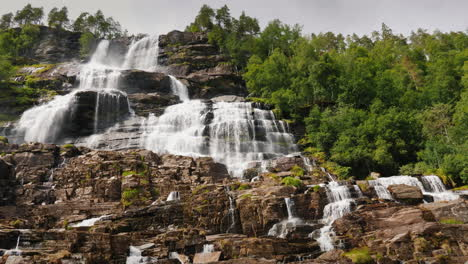 The-Stepped-Waterfall-Of-The-Twindorfensen-Is-Norway-s-Highest-Waterfall-