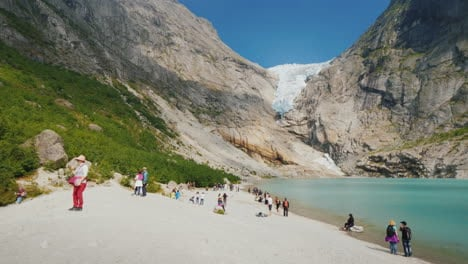 Tourists-From-All-Over-The-World-Visiting-The-Beautiful-Briksdal-Glacier-In-Norway