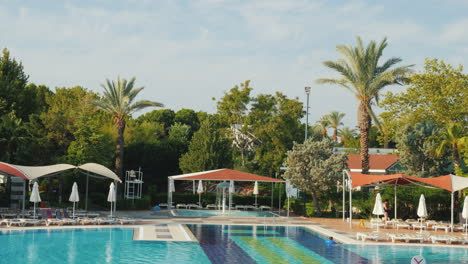 Territory-Of-The-Hotel-With-A-Swimming-Pool-And-Leisure-Facilities