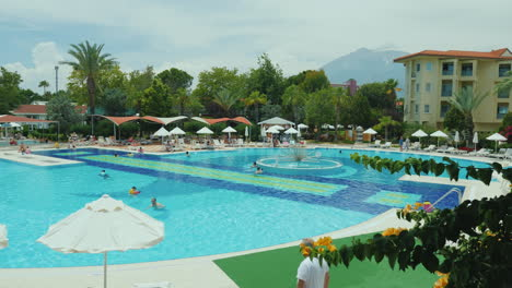Well-Groomed-Territory-With-A-Swimming-Pool-In-A-Turkish-Hotel-Everything-For-A-Comfortable-Rest-On-
