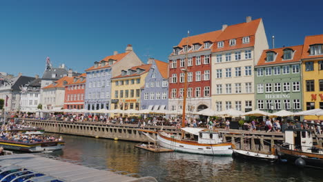 Nahavn-Is-A-Popular-Place-Among-Tourists-One-Of-The-Most-Recognizable-Places-In-Copenhagen-The-Busin