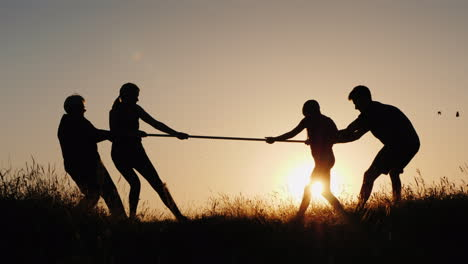 Several-Generations-Of-The-Family-Will-Compete-In-A-Tug-Of-War