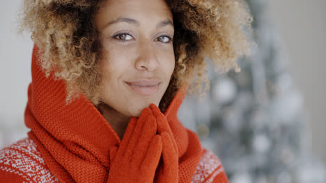 Cute-youngwoman-in-winter-fashion