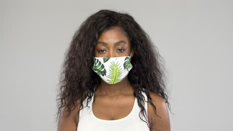 Black-woman-in-fabric-mask