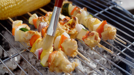 Delicious-chicken-and-vegetable-kabobs-on-grill