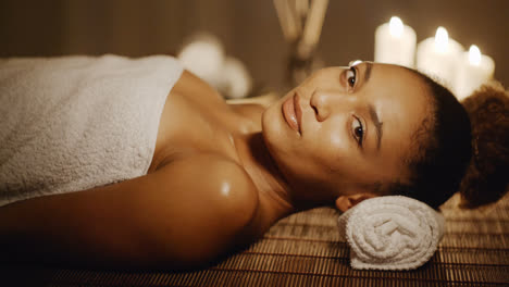 Smiling-Woman-In-A-Spa
