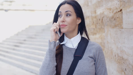 Woman-on-phone-with-atonished-expression