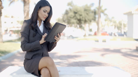 Businesswoman-With-Tablet