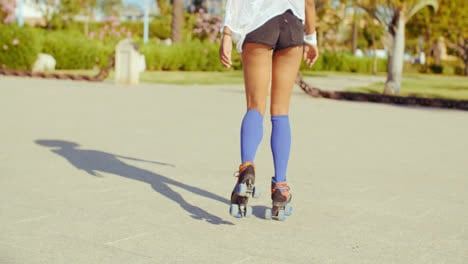 Sexy-Back-of-Riding-Girl-on-Roller-Skates