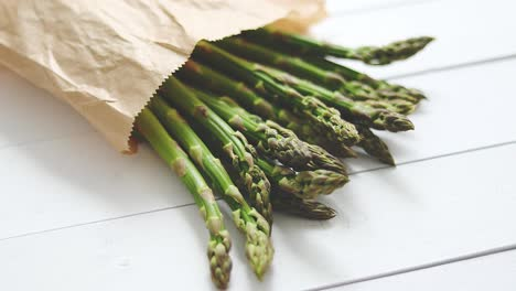 Fresh-green-asparagus-in-a-brown-paper-bag-Healthy-eating-concept-Food-for-vegetarians
