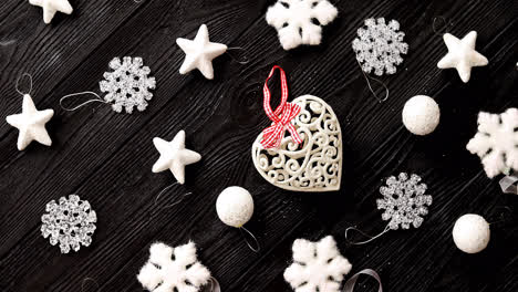 White-decorations-for-Christmas-tree