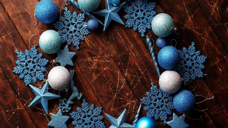 Blue-decorative-snowflakes-and-balls