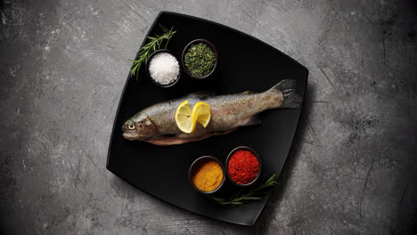 Plate-with-fish-and-spices