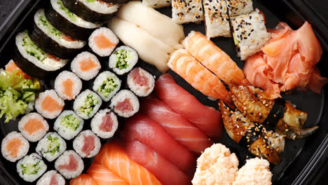 Close-up-of-various-types-of-japanese-fresh-prepared-sushi-