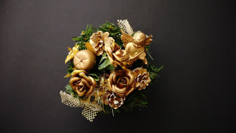 Christmas-Wreath-on-black-Background