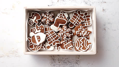 Collection-of-various-shaped-gingerbread-Christmas-cookies