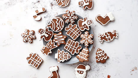 Fresh-and-tasty-Christmas-gingerbread-cookies