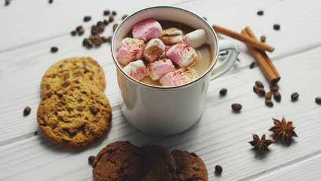 Cup-of-cacao-with-marshmallows