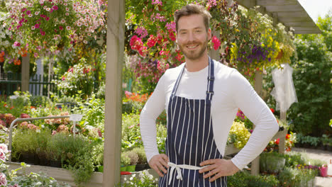Smiling-handsome-gardener-man-standing-and-posing