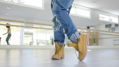 Low-angle-view-on-dancers-boots