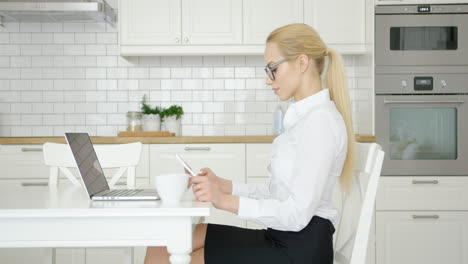Confident-woman-working-at-home