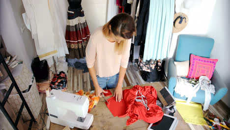From-above-shot-of-woman-in-atelier