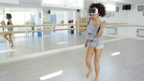 Sexy-woman-dancing-with-VR-glasses