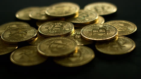 Golden-bright-bitcoin-in-pile