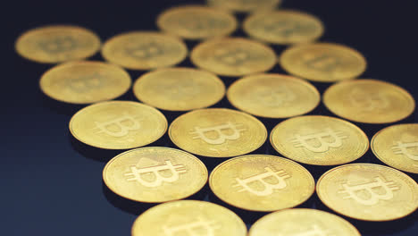 Rows-of-glowing-gold-coins