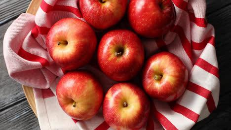 Manzanas-Rojas-Brillantes-Desde-Arriba