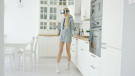 Young-woman-experiencing-VR-glasses