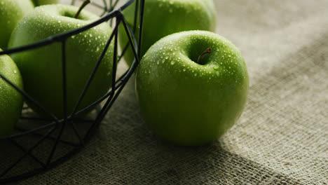 Green-fresh-wet-apples-