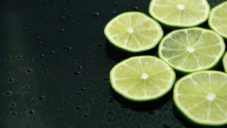 Slices-of-fresh-lime-