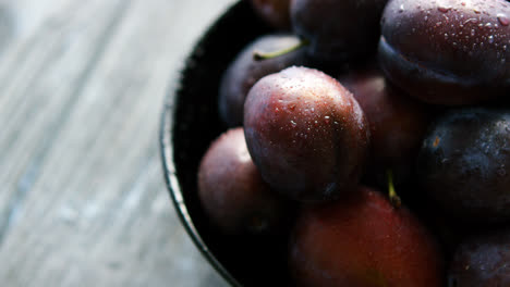 Closeup-of-wet-fresh-plums