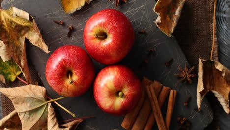 Ripe-apples-and-cinnamon-sticks