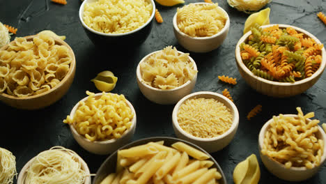 Different-kinds-of-macaroni-put-in-bowls