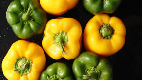 Fresh-green-and-yellow-peppers-