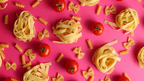 Layout-of-pasta-and-red-tomatoes