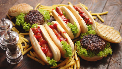 Hot-dogs-hamburgers-and-french-fries-Composition-of-fast-food-snacks