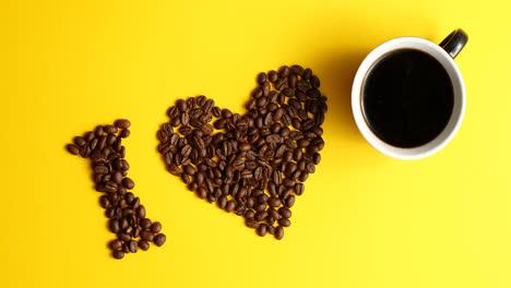 Taza-De-Café-Y-Frijoles-Marrones